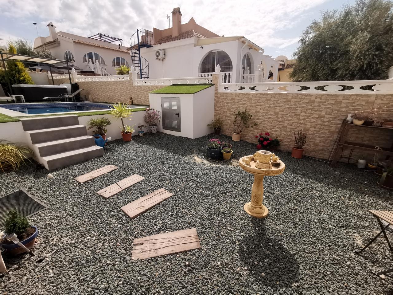 1768: Villa for sale in Camposol